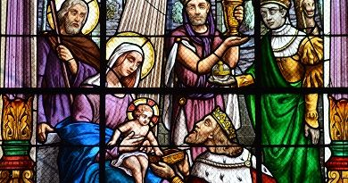 Oración del Rosario a la Sagrada Familia: Misterios de Infancia