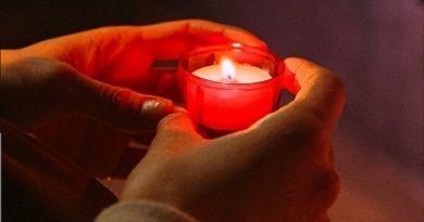Mensaje de Jesús y la Virgen del día 11 de Abril de 2012